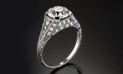 Love. Spring. A James Alfredson ring