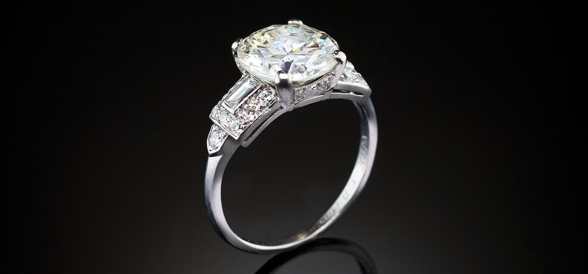 An Impressive Art Deco Solitaire Diamond Ring James
