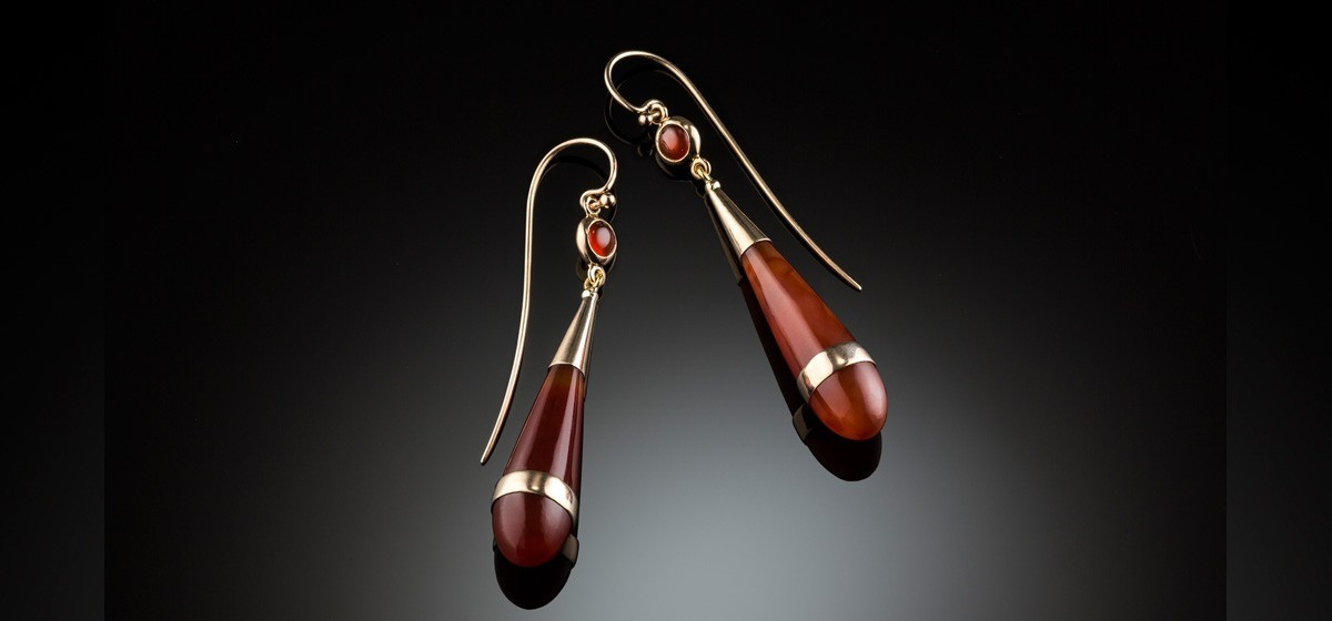 Antique carnelian and gold drop earrings