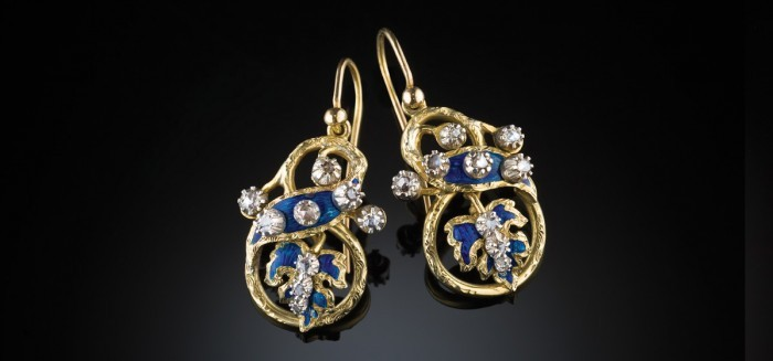 Antique pendant gold earrings with enamelled ribbon and leaf motifs, rose cut diamonds
