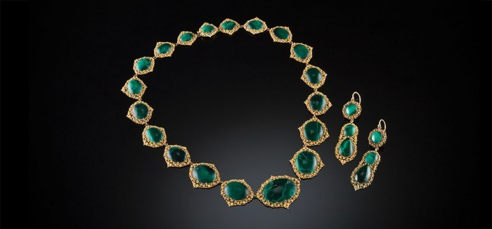 An Antique demi parure of malachite and cannetille gold necklace and pendant earrings en suite