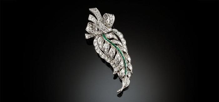 French diamond and emerald leaf and ribbons brooch circa 1945