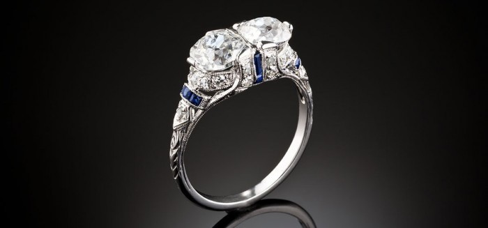 An early two diamond Art Deco ring