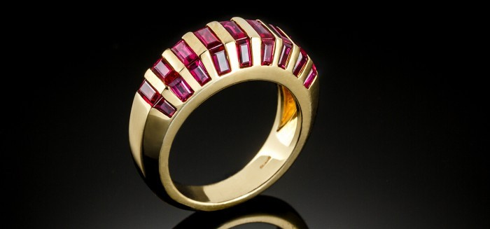 A 1940s ruby and yellow gold ring
