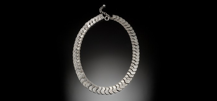 An Art Deco sterling silver necklace