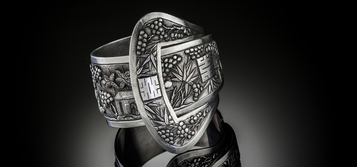 An early twentieth century  French Indochine silver cuff