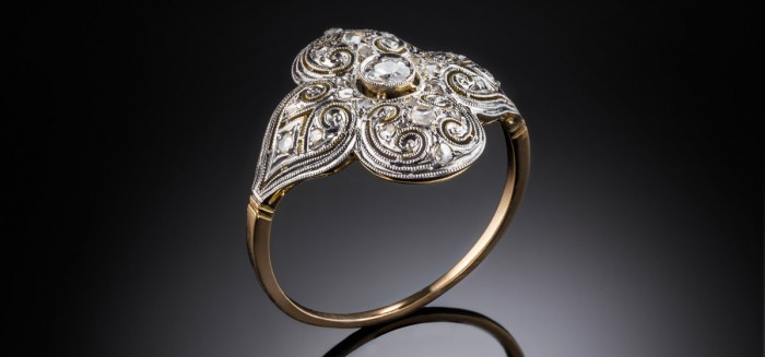 A yellow gold platinum topped diamond set Spanish Belle Epoque ring